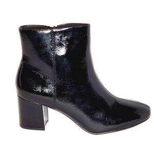 Clarks Women's Chantellestone Boots